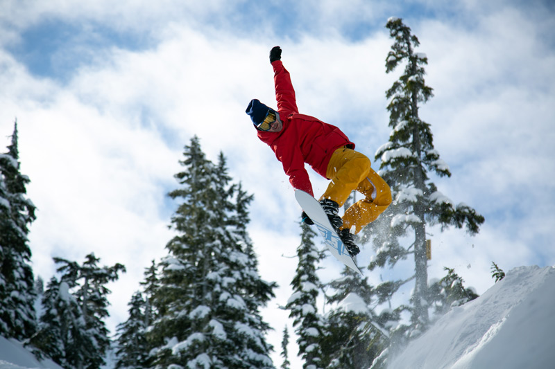 JumpCamp's Santa Snowboard Drive